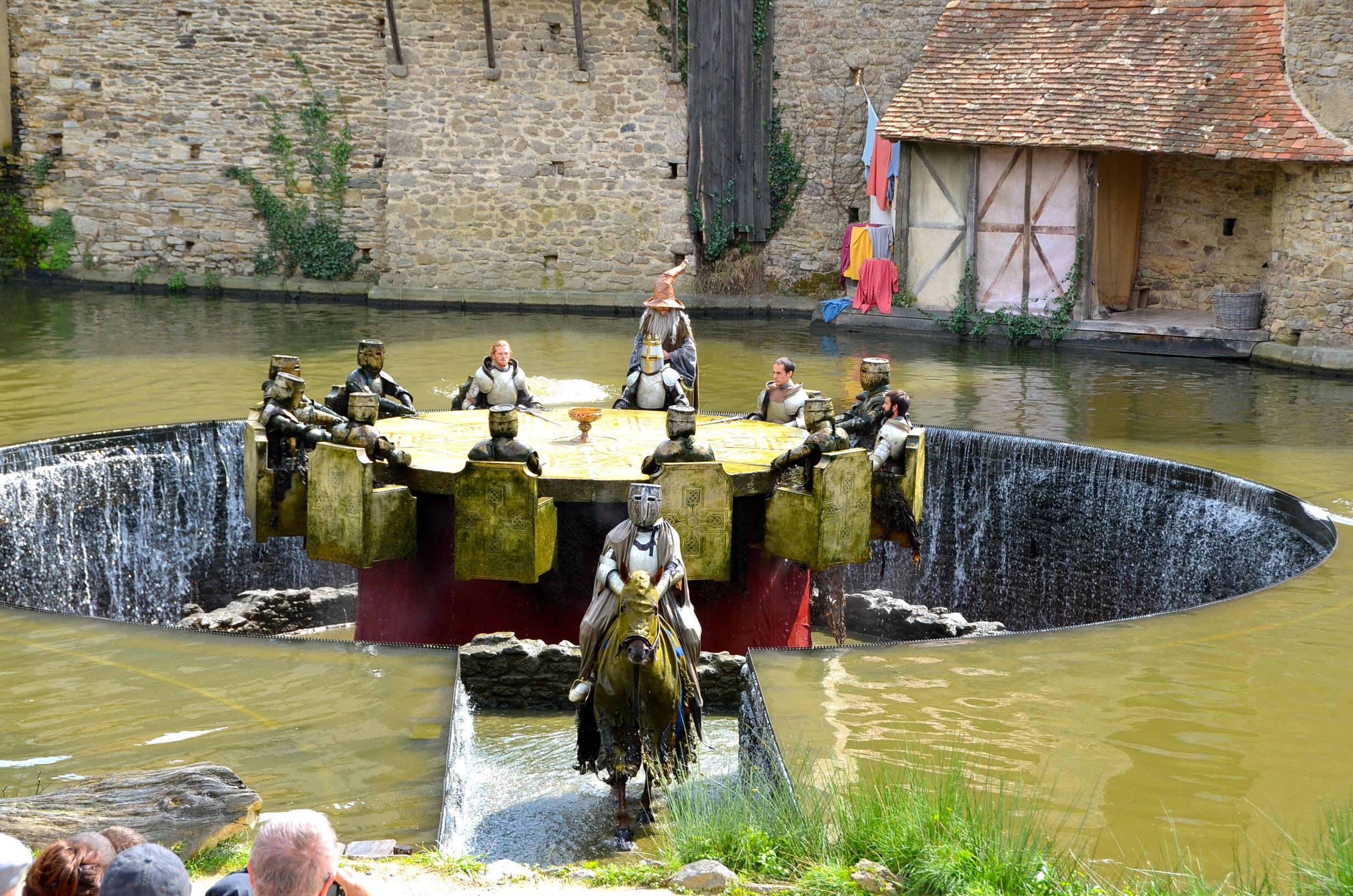Nicolas de villiers le puy du fou a rendu justice aux - Les principaux chevaliers de la table ronde ...