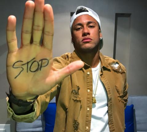 #StopBombing : Neymar Jr dit « STOP » aux bombardements des civils