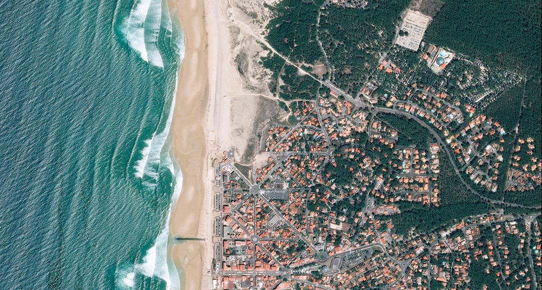 carte-Lacanau-vue-du-ciel-sur-miss-konfidentielle © ville de Lacanau